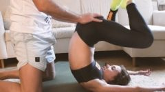 Amateur Teen Stretching In Yoga Pants And Gets Sperm In Her Butt 4K
